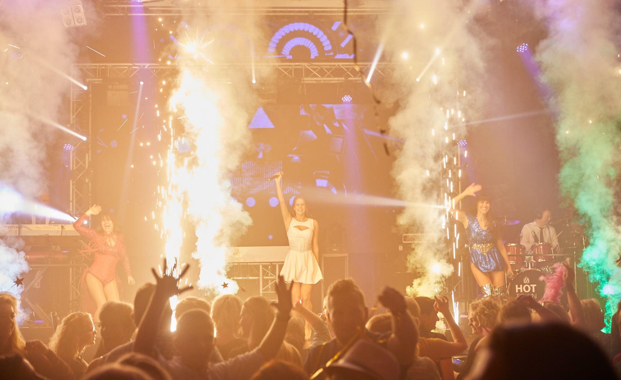 Jubileumfeest Puur Events muziekshow